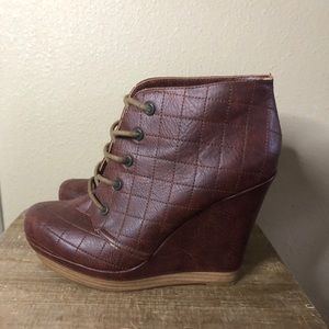 Seychelles Anthropologie Platform Lace Up Booties